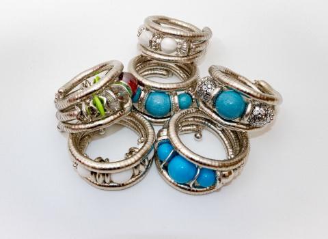 Reklamna fotografija prstenja za prodaju na webu