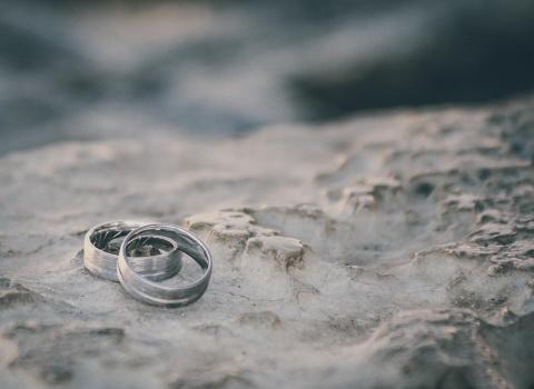 Fotografija vjenčanog prstenaj