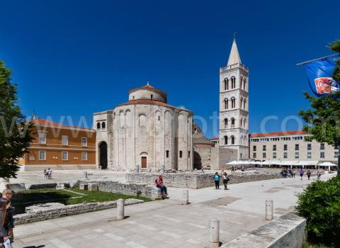 Crkva svetog Donata u Zadru i zvonik svete Stošije. Ostaci rimskog foruma. foruma
