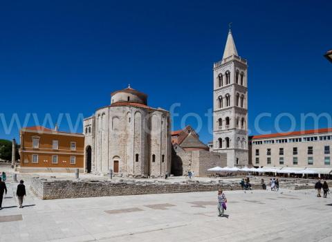 Crkva svetog Donata u Zadru i zvonik svete Stošije.