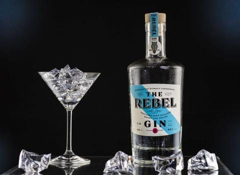 fotografiranje proizvoda rebel gin maraska crofoto